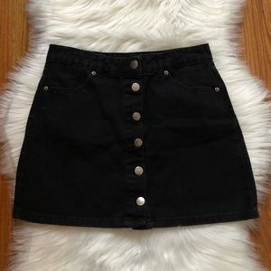 FOREVER 21 • black button down denim skirt